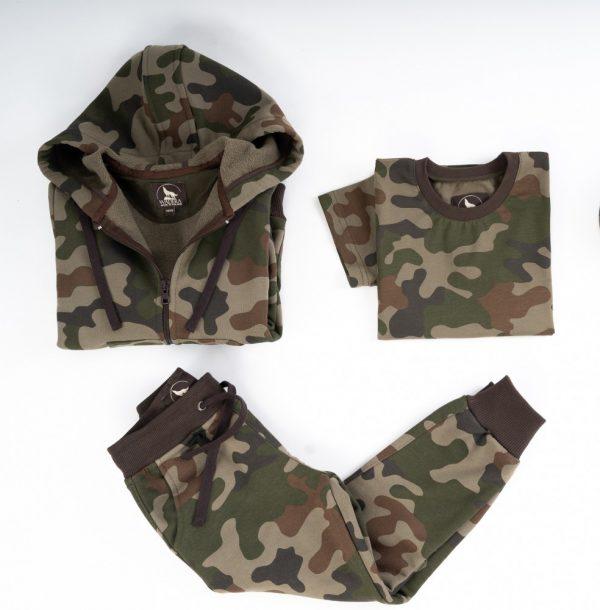 Komplet dresowy moro. Komplet moro dla dziecka. Bawełniany zestaw moro spodnie bluza i t shirt dla dziecka